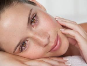 هل فيه حل لعلاج تجاعيد الوجه؟
