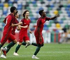 Liga espanhola adia mas mantém ideia de fazer jogo fora do país ... 4b03c15c00973