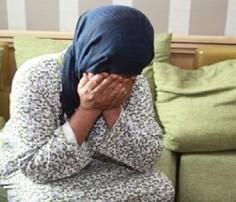 نتيجة بحث الصور عن زوجة تقضم العضو