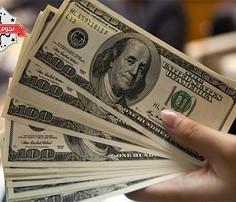 خبير أسواق المال العالمية يُفسد فرحة المصريين| ويؤكد: ارتفاع كبير في أسعار دولار ويسجل