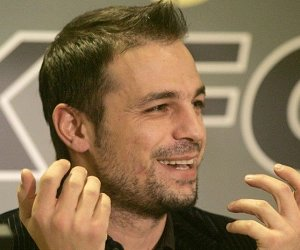 Ο Ντέμης είναι ο Ρίο Φέρντιναντ της ελληνικής τηλεόρασης bc1201b52ba